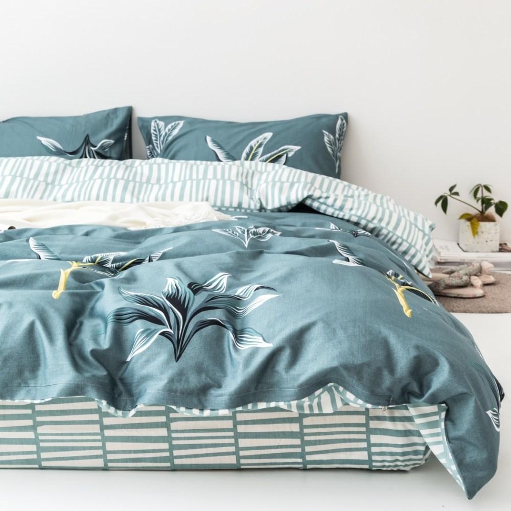 【eyah】台灣製200織精梳棉雙人床包枕套3件組-綠草如茵山坡