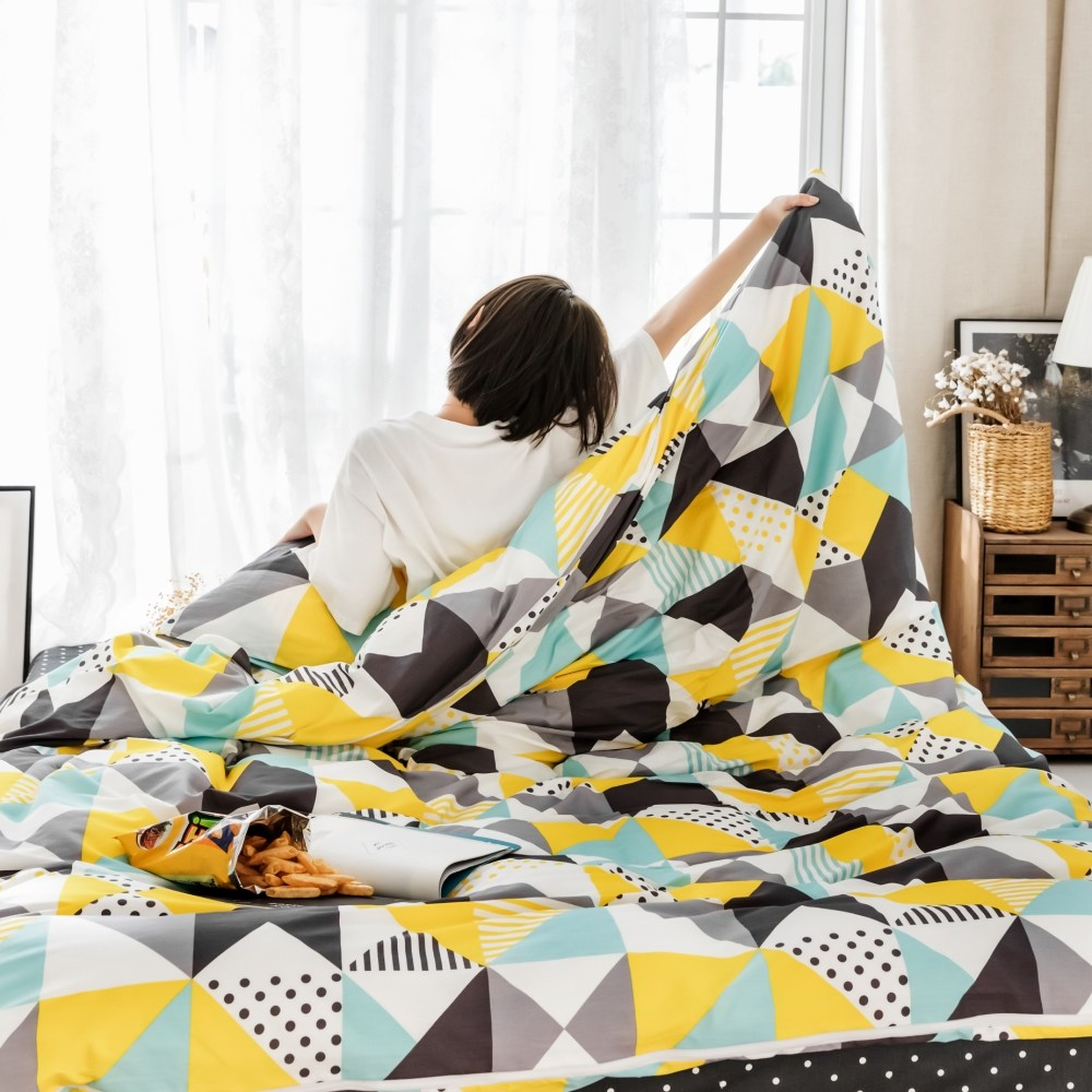 【eyah】台灣製200織精梳棉雙人床包被套四件組-夜色才懂的美