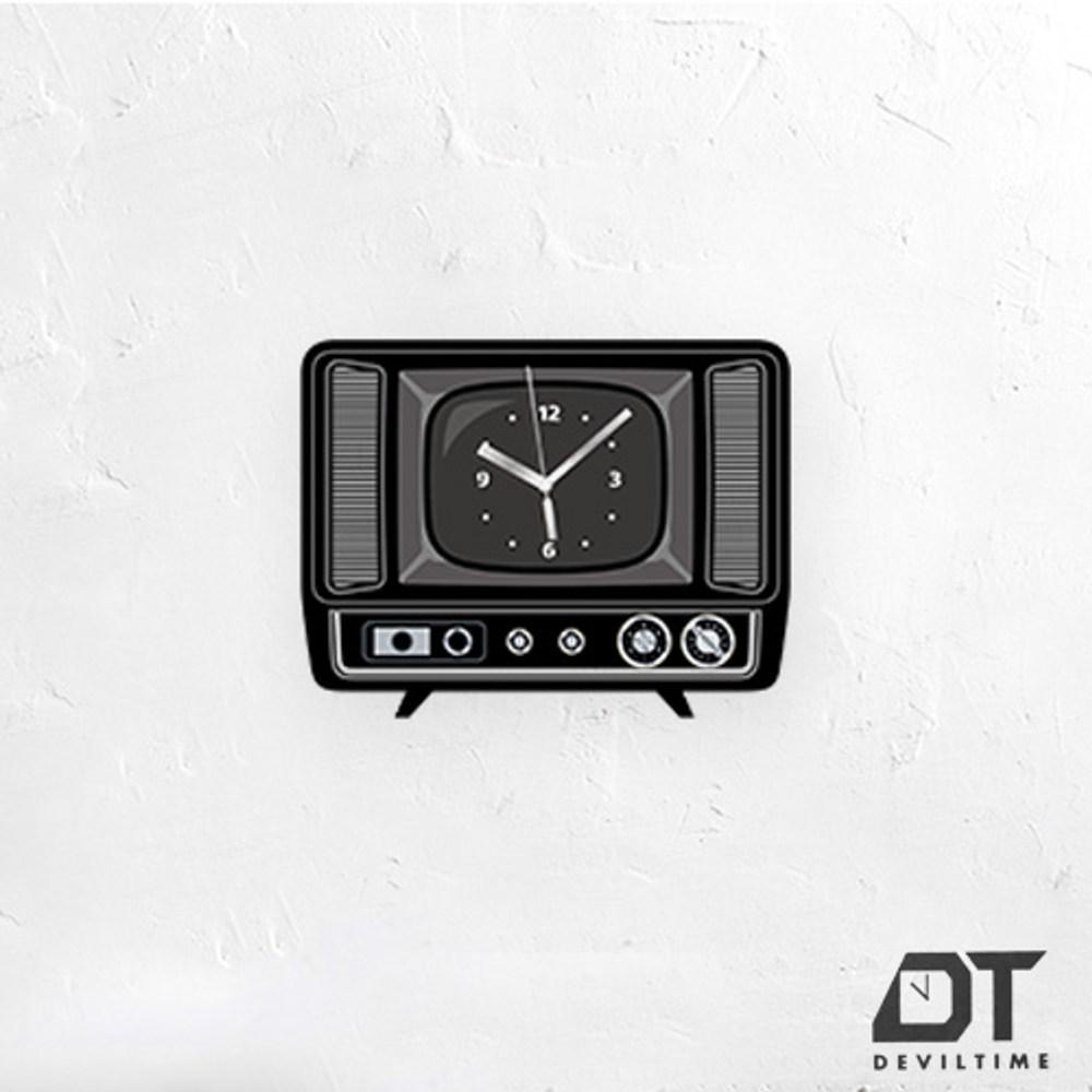 DT Time復古木質系列時鐘-古董電視機