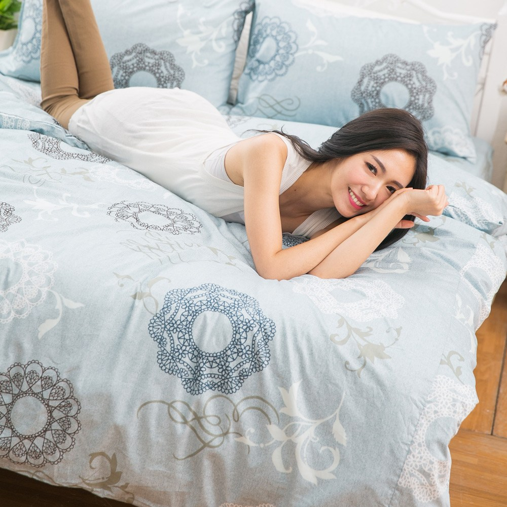 【eyah】台灣製205織紗精梳棉加大床包組-希爾德斯海姆的銀色耶誕