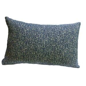 HOLA 亞倫緹花抱枕30x45cm 格紋藍