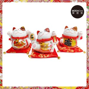 農曆新年春節-開運陶瓷4吋魚旺寶小招財貓-存錢桶開運三入組-擺飾(含坐