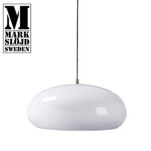 【MARKSLOJD】HAZELTON  白色金屬烤漆吊燈白色金屬烤漆
