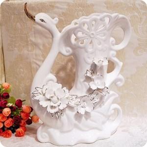 HONEY COMB 骨瓷白天鵝鏤空立體鎏金花器 FD06