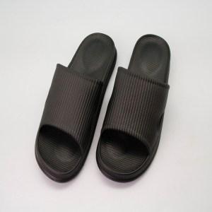 81021悠活緩壓室外拖鞋-黑