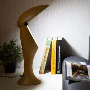 【YFS】實木大嘴鳥造型音樂燈-10.5x15x47cm木色