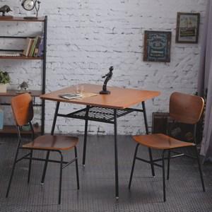 一桌二椅【AccessCo】工業風復古微笑餐桌椅組合