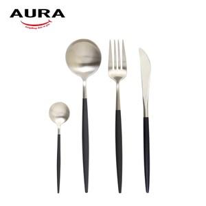 【AURA艾樂】Fantasy鈦奢華不鏽鋼餐具四件組(原+黑)