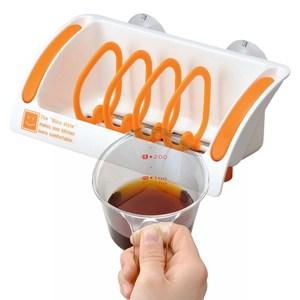 【買就送】日本製造INOMATA流理台吸盤瀝水架(送300ml耐熱量杯)