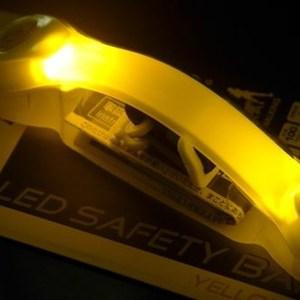 GENTOS全都亮 慢跑放閃燈(LED)-弦月黃AX-930YW