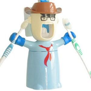 樂刷牙3in1擠牙膏器牙刷架漱口杯