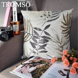 TROMSO風尚北歐抱枕/百葉緹花白紫