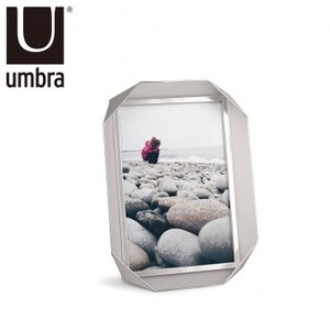 UMBRA 金屬風時尚相框 5X7 亮銀