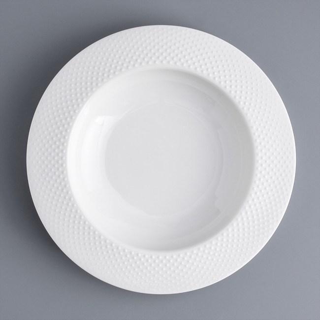WAGA 歐式 圓點浮雕23cm陶瓷深盤-淨白