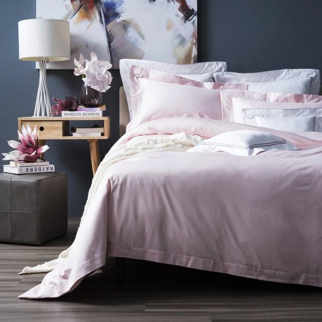 HOLA 托斯卡素色純棉床包 特大 彩粉