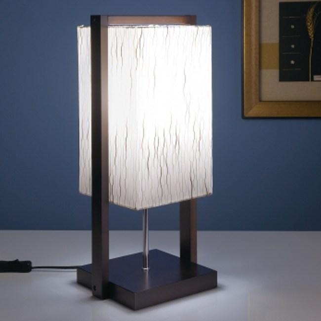 迦茵木質桌燈