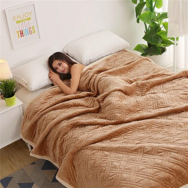 加厚法蘭絨毛毯150X200cm-卡其