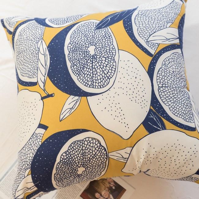 北歐風 〔藍色檸檬〕方抱枕 45cmX45cm 聚酯纖維棉 台灣製