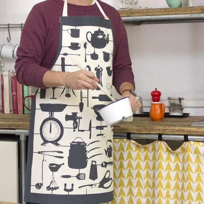 【英國蛋】純棉圍裙 模型廚房碳黑色