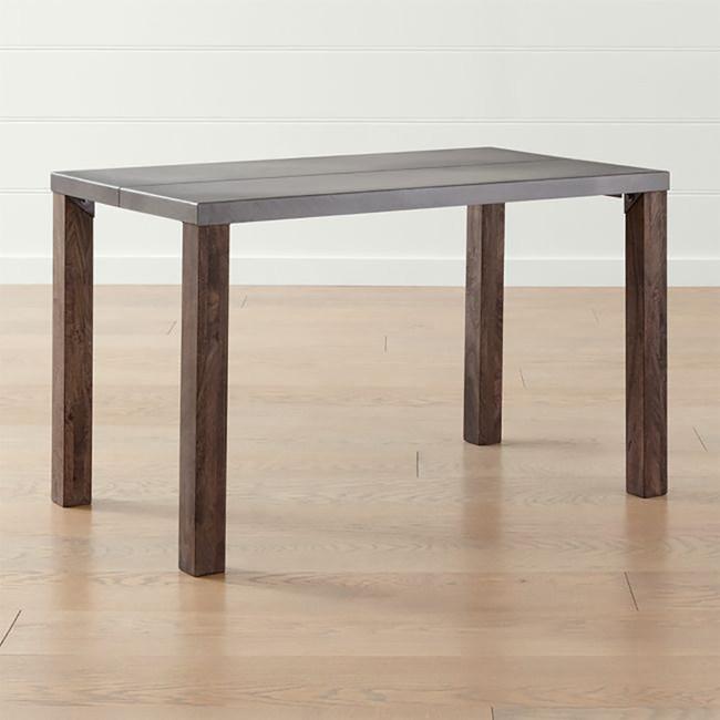 Crate&Barrel Galvin 餐桌 121cm