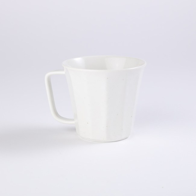 日本愛卡輕量馬克杯300ml乳白