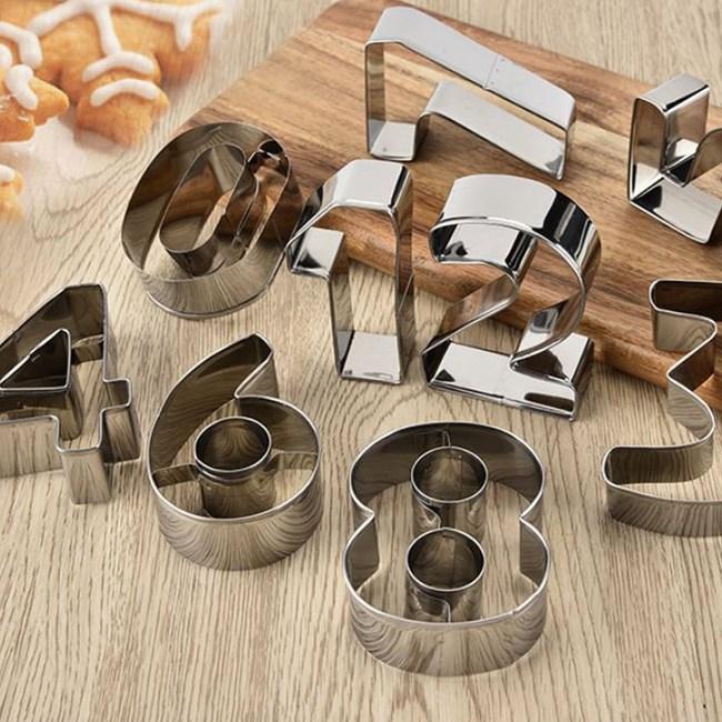 【COMET】不鏽鋼9件組數字餅乾蛋糕模(JD-04)