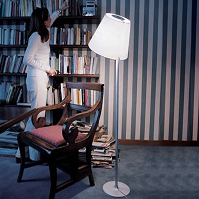 【obis】擺頭落地燈