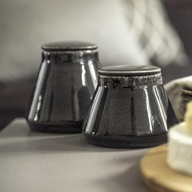 Sagaform / Nature系列 / 復古黑炻釉彩密封罐-大