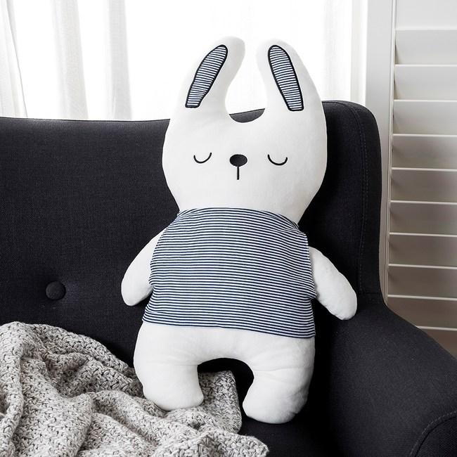 Hoi!療癒森林系舒綿抱枕-黑白兔