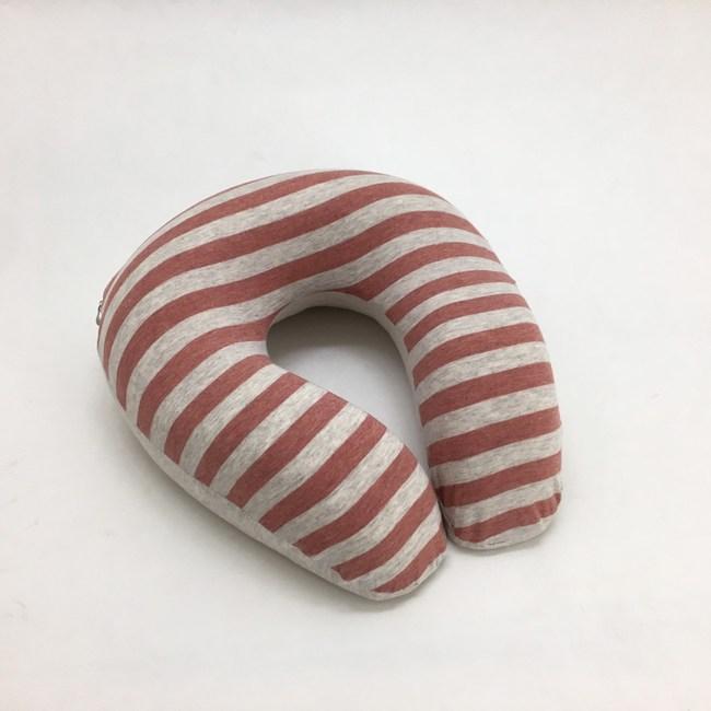 療癒系針織記憶釋壓U型頸枕-針織紅26x26cm